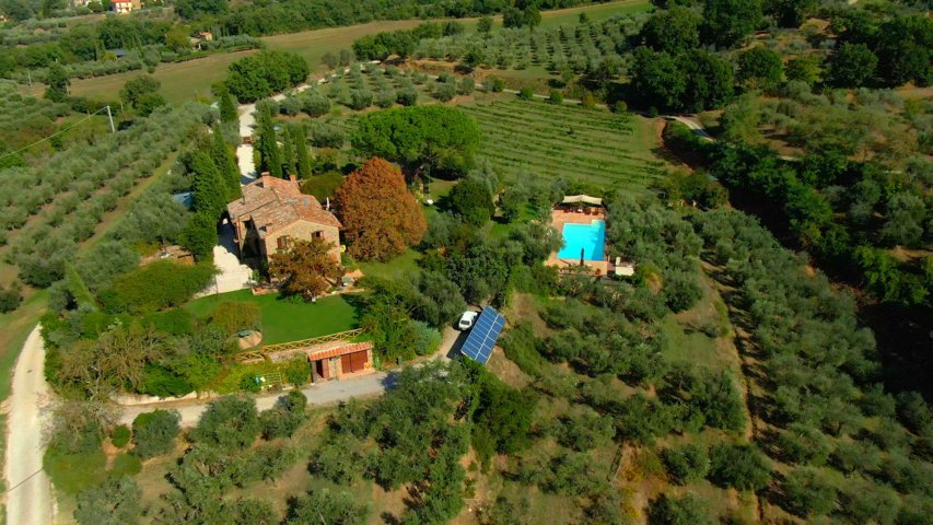 Fontanaro Organic Farmhouse in Umbria Tuscany