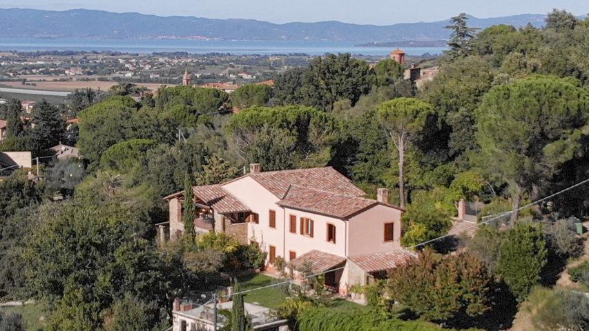 Tartagli villas in Paciano - Umbria